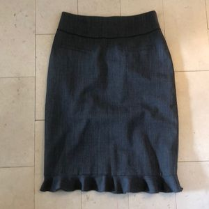 Rebecca Taylor Ruffle-Hemmed Gray Pencil Skirt